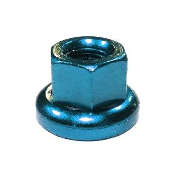 Гайка MR.CONTROL M-FXS, для оси Fix Gear, закалённая сталь, M9X1.0, L:14,6 мм, синяяОси и запчасти к ним<br>При ремонте велосипеда вам потребуется множество запчастей и мелких элементов. Одним из них может стать стальная гайка синего  цвета для оси Fix Gear<br><br>Гайка MR.CONTROL M-FXS для оси Fix Gear<br>Закалённая сталь<br>M 9 X 1.0<br>L:14,6 мм<br>Синяя