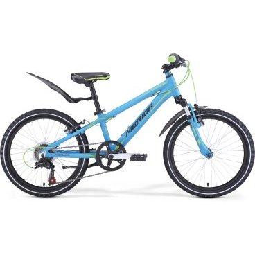 Детский велосипед Merida Matts J20 Boy 2017 синийДетские<br>Merida Matts J20 – это детский велосипед, который станет отличным подарком для ребёнка. Привлекательный внешний вид станет большим поводом для радости малыша, а качественная сборка и надёжные детали станут решающим моментом при выборе, для родителей.<br>Рама и амортизаторы<br><br>РамаM20 ALLOY<br>ВилкаMerida HL 410E 30<br>Цепная передача<br><br>МанеткиShimano Revoshift SL-RS35 6<br>Задний переключательShimano Tourney TZ50<br>Шатуны40T 152L<br>КассетаShimano TZ-20 14-28T 6sp<br>ЦепьKMC Z50<br>ПедалиJunior fit<br>Колеса<br><br>Диаметр20.0<br>СпицыSteel UCP<br>ВтулкаAlloy QR<br>ПокрышкаMerida 20 1.95<br>Компоненты<br><br>Передний тормозV-Brake Linear<br>Задний тормозV-Brake Linear<br>РульMerida Rise 540<br>ВыносMerida A-Head OS 60<br>Рулевая колонкаSteel-Headset<br>СедлоMatts kid 20<br>Подседельный штырьAlloy 27.2<br>РазработкаТайвань<br>ПроизводствоКНР (Тайвань)