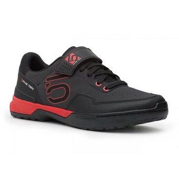 Велотуфли Five Ten Kestrel Lace SPD, черно-красный (2017)Велообувь<br>Новые контактные туфли для эндуро и катания в стиле ол-маунтин – результат эволюции популярной модели Kestrel. Если вы ищете контактную обувь с классической шнуровкой, позволяющую эффективно передавать усилие на педали, то Kestrel Lace – именно то, что вам нужно. Подошва данной модели выполнена из самой жёсткой резины от Five Ten под названием STEALTH C4, а специальная вставка из пеноматериала EVA обеспечивает отличную амортизацию ударов.<br><br><br><br><br><br>ОСОБЕННОСТИ<br><br><br><br>Материал верха: искусственная кожа<br><br><br>Материал подошвы: STEALTH C4<br><br><br>Задник и язычок перфорированы для лучшей вентиляции<br><br><br>Вставка из пеноматериала EVA обеспечивает отличную амортизацию ударов<br><br><br>Дополнительная застёжка на липучке
