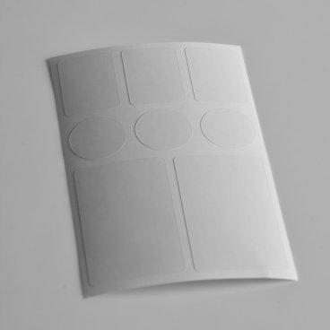 Комплект защитных наклеек Велоклейка Mini 8шт, антигравийная пленка, 150мкмЗащита для велосипеда<br>Комплект защитных наклеек Велоклейка Mini 8шт, антигравийная пленка, 150мкм<br><br>Описание<br>Защитные элементы изготовлены из бронированной пленки толщиной 150 мкм. Размер листа составляет 90х140 мм.<br><br>В защитный комплект Велоклейка MINI входит 8 наклеек:<br><br>    -защита рулевого стакана<br>    -защита мест касания тросов и гидролиний