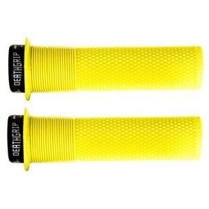 Грипсы DMR Brendog Death, материал кратон, цвет желтый, диаметр 29.8мм, DMR-G-BREN-THIN-FYРучки и Рога<br>Новые грипсы Death Grip созданы при непосредственном участии знаменитого гонщика Брендона Фэйркло. Основные их особенности – металлический замок с внутренней стороны, переменный внутренний диаметр (что позволяет обойтись без второго замка) и мягкая резина Kraton.<br><br><br>Характеристики:<br>Диаметр – 29.8мм<br>Переменный внутренний диаметр позволяет обойтись одним металлическим замком<br>Оригинальный дизайн для максимального комфорта и лучшего сцепления<br>Мягкая резина Kraton<br>Цвет: желтый