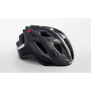 Велошлем Met Espresso, черный 2019Велошлемы<br>Лёгкий универсальный шлем от Met, достаточно безопасный для серьёзных занятий спортом и достаточно удобный для того, чтобы вы забыли о нём во время езды. Его основные особенности – увеличенная затылочная часть, удобная регулируемая застёжка из лёгкого текстиля и впаянный в жёсткий корпус пенопластовый внутренник, обеспечивающий лучшую абсорбацию ударов. <br><br>ОСОБЕННОСТИ<br><br><br><br>Максимально лёгкий и технологичный универсальный шлем<br><br>Монолитная конструкция – пенопластовый внутренник впаян в жёсткий корпус шлема<br><br>Сменные внутренние накладки из гипоаллергенного материала<br><br>Светоотражающие наклейки