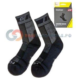 Носки зимние GripGrab Merino WinterВелоноски<br>Носки зимние GripGrab Merino Winter черные.<br><br>Описание:<br>Зимние носки из шерсти мериноса сохранят ваши ноги сухими и теплыми в любую погоду. Толстая мягкая подошва, высокая манжета для надежной фиксации на ноге, усиленные нейлоном пятка и носок. <br><br>Особенности:<br>-В составе шерсть Merino <br>-Дополнительная термоизоляция стопы <br>-Носок и пятка усилены нейлоном <br>-Упругая вставка для поддержки свода стопы <br><br>Материалы:<br>-28% шерсть Merino <br>-27% акриловые волокна <br>-41% нейлон <br>-2% полиэстер <br>-2% эластан<br>Размеры: S (38-39), M (40-41), L (42-43), XL (44-45), XXL (46-47)