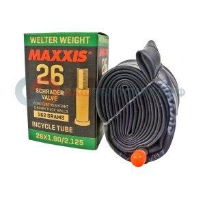 Велокамера Maxxis Welter Weight, 26x2.125, авто ниппель, IB67681000Камеры для велосипеда<br>Самые популярные камеры от Maxxis. Они разработаны для более агрессивного и жесткого катания, с их средним весом подойдут под любой стиль катания.<br><br>Автониппель 35 мм<br>Размеры: 26x2.125<br>Толщина стенок: 0.80 мм<br>Защита от проколов<br>Вес: 280 грамм