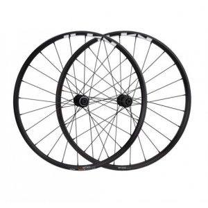 Колеса велосипедные Shimano MT-500, переднее и заднее 29, Center Lock, черный, EWHMT500FERED9Колеса для велосипеда<br>Крепление тормозных дисков C.Lock.<br>Комплект колес Shimano WH-MT500-B, стандарт 29.5 (650B)<br>Переднее OLD 100 мм под ось 15 мм E-THRU<br>Заднее OLD 142 мм под ось R12 мм E-THRU Барабан под 11 скоростей<br>Крепление тормозных дисков C.Lock.