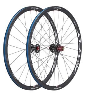 Комплект колёс 28 NOVATEC JETFLY-DISC-C, ROAD, DSN, Al, Shim11, ABG-D2,24/28Колеса для велосипеда<br>Назначение: Для шоссейных велосипедов<br>Размер: 700с (28)<br>Обода<br>размер ETRTO: 622-17<br>материал: алюминий<br>цвет: черный<br>высота: 32 мм<br>внутренняя ширина: 17 мм<br>внешняя ширина: 21 мм<br>под бескамерные покрышки<br>Спицы:<br>цвет: черный<br>длина на переднем колесе: 274 мм<br>длина на заднем колесе: 265/281 мм<br>количество спиц на переднем колесе: 20 шт<br>количество спиц на заднем колесе: 24 шт<br>материал: нержавеющая сталь<br>двойной баттинг<br>Втулки:<br>передняя - XA561SB<br>задняя - XF562SB<br>цвет: черный<br>материал оси: перед зад - сталь<br>корпус втулки: алюминий<br>диаметр оси: передний - 9 мм задний - 10 мм (в комплекте)<br>тип тормоза: только под дисковый тормоз<br>промышленные подшипники<br>под ободные тормоза<br>задняя втулка совместима с кассетами Shimano, SRAM и Campy<br>Вес колес:<br>переднее - 770 г<br>заднее - 920 г<br><br>Диаметр колеса: 28<br><br>Количество скоростей: 10 11 9<br><br>Количество спиц: 24<br><br>Параметры задней втулки: 10х130мм<br><br>Параметры задней втулки: 10х135мм<br><br>Параметры передней втулки: 9х100мм<br><br>Подходит для тормозов: Дисковые<br><br>Расположение колеса: Комплект<br><br>Состояние колеса: Колесо в сборе<br><br>Тип обода: Двойной