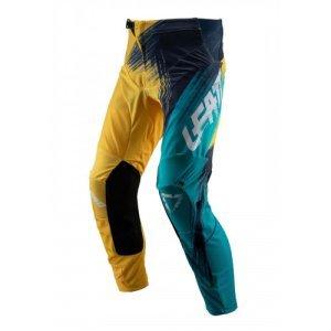 Велоштаны Leatt GPX 4.5 Pant для экстремальной езды, золото-синий 2019Велоштаны<br>Удобные и долговечные велоштаны от Leatt по отличной цене. Модель выполнена из устойчивого к истиранию эластичного текстиля со вставками из сетчатого материала X-Flow – таким образом, эти штаны обеспечивают большую свободу движений и оптимальную вентиляцию. Внутренняя сторона штанин отделана мягким материалом Amara для оптимального сцепления, а задняя часть выполнена из устойчивого к истиранию полиэстера 1200D. И, конечно же, не стоит забывать о регулируемом поясе и высококачественных молниях от YKK – такие штаны не подведут вас даже в самых трудных ситуациях.<br><br><br><br>ОСОБЕННОСТИ<br><br><br><br>Верх штанов выполнен из устойчивого к истиранию эластичного текстиля<br><br>Вставки из сетчатого материала X-Flow для дополнительной вентиляции<br><br>Внутренняя сторона штанин отделана мягким материалом Amara, а задняя часть – устойчивым к истиранию полиэстером 1200D<br><br>Регулируемый пояс<br><br>Высококачественные молнии от YKK