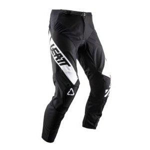 Велоштаны детские Leatt GPX 2.5 Pant Junior для экстремальной езды, черный 2019Велоштаны<br>Удобные и долговечные мотоштаны от Leatt по отличной цене. Модель выполнена из устойчивого к истиранию эластичного текстиля, что  обеспечивает большую свободу движений. Внутренняя сторона штанин отделана мягким материалом Amara для оптимального сцепления, а задняя часть выполнена из устойчивого к истиранию полиэстера 600D. И, конечно же, не стоит забывать о регулируемом поясе и высококачественных молниях от YKK – такие штаны не подведут вас даже в самых трудных ситуациях.<br><br><br><br>ОСОБЕННОСТИ<br><br><br><br>Верх штанов выполнен из устойчивого к истиранию эластичного текстиля<br><br>Внутренняя сторона штанин отделана мягким материалом Amara, а задняя часть – устойчивым к истиранию полиэстером 600D<br><br>Регулируемый пояс<br><br>Высококачественные молнии от YKK