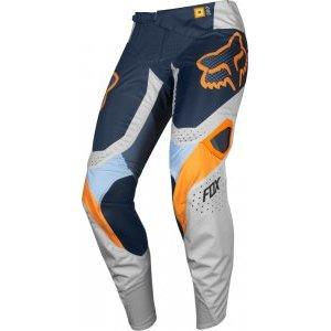 Велоштаны подростковые Fox 360 Murc Youth Pant для экстремальной езды, серый 2019Велоштаны<br>Классические велокроссовые штаны от Fox, созданные специально для юных гонщиков. Основные особенности данной модели – вставки из эластичного материала в критических местах (на коленях, в задней части и промежности) и асимметричная графика.<br><br><br><br>ОСОБЕННОСТИ<br><br><br><br>Материал: устойчивый к истиранию полиэстер 600D<br><br>Особый крой для оптимальной посадки<br><br>Кожаные накладки на внутренней части коленей<br><br>Вставки из эластичного материала в критических местах<br><br>Оригинальная графика